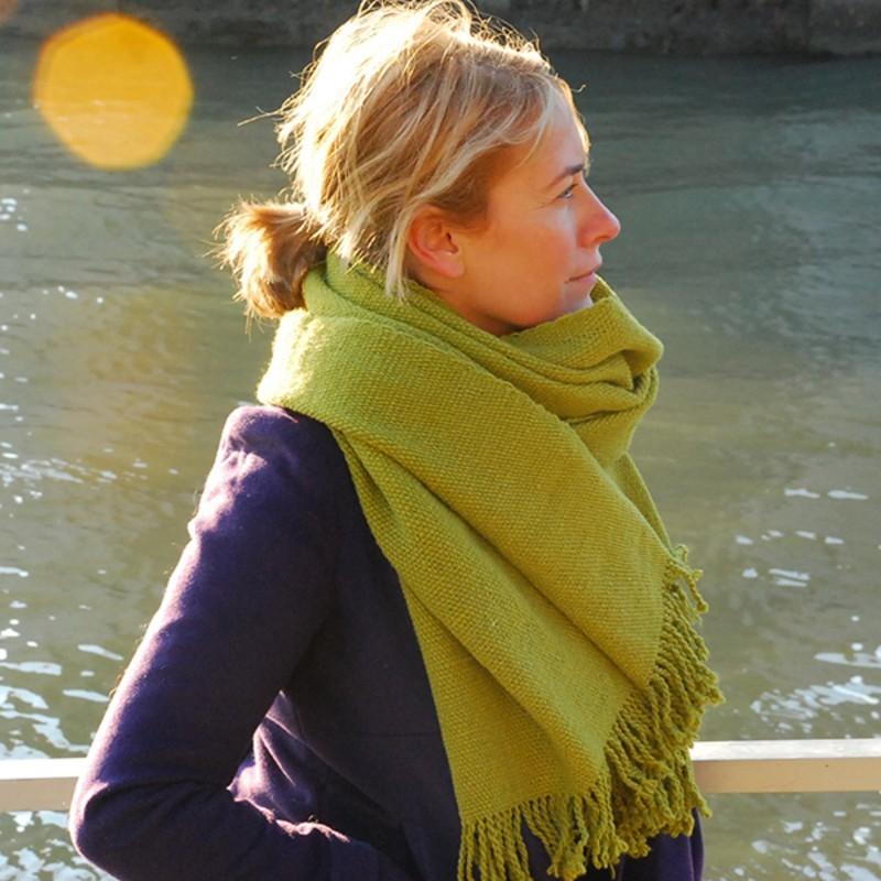 Echarpe tissée en laine vierge de Patagonie VERT OLIVE